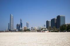 Skyline von Abu Dhabi Lizenzfreie Stockfotografie