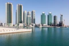 Skyline von Al Maryah Island in Abu Dhabi Lizenzfreies Stockbild