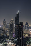 Skyline von Bangkok nachts Stockfoto