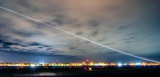 Skyline von Charlotte-Ansicht über Charlotte-Flughafen Lizenzfreie Stockbilder