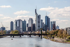 Skyline von Frankfurt-Hauptleitung, Deutschland Lizenzfreie Stockbilder
