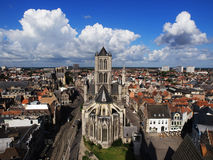 Skyline von Gent, Belgien mit St. Nicolas Church stockbilder