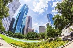 Skyline von Houston in der Tageszeit lizenzfreie stockfotografie