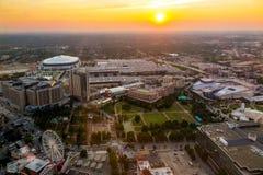 Skyline von im Stadtzentrum gelegenem Atlanta, Georgia stockfotografie