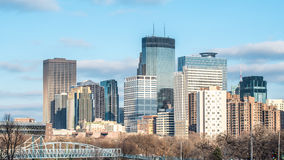 Skyline von Minneapolis, Minnesota Stockbild