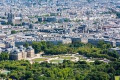 Skyline von Paris von der Spitze des Montparnasse-Turms Lizenzfreies Stockfoto