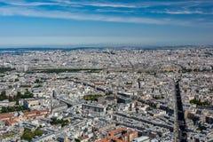Skyline von Paris von der Spitze des Montparnasse-Turms Stockbild