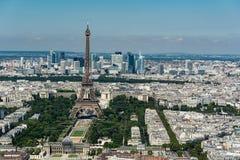 Skyline von Paris von der Spitze des Montparnasse-Turms Stockbilder