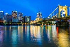 Skyline von Pittsburgh, Pennsylvania-fron Allegheny Landung acros Lizenzfreies Stockbild