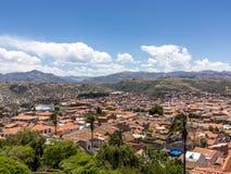 Skyline von Sucre, Bolivien lizenzfreies stockbild