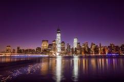 Skyline von unterem Manhattan von New York City vom Austausch-Platz Stockfoto
