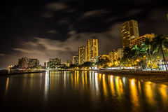 Skylines of honolulu next to Waikiki in Hawaii Royalty Free Stock Photos