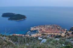 Skymning över Dubrovnik Royaltyfri Fotografi