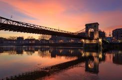 Skymning över Pont Masaryk Royaltyfri Fotografi