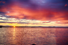Skymning i Finland arkivfoton