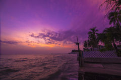 Skymning i Huahin Thailand Royaltyfria Foton
