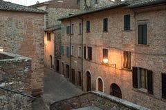 Skymning i Lucignano Fotografering för Bildbyråer