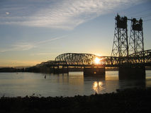 Skymning på Columbia River Royaltyfri Bild
