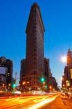 Skymning på den Flatiron byggnaden, New York City Royaltyfria Foton