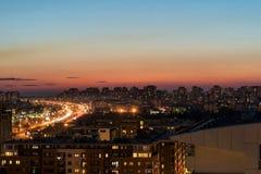 Skymning på nya Belgrade arkivfoton