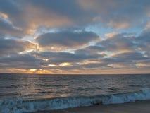 Skymning på Torrance Beach i sydliga Kalifornien Arkivfoto