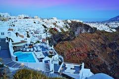 Skymning Santorini Cyclades Grekland för Firostefani byhorisont Fotografering för Bildbyråer
