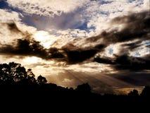 Skymningen av solnedgången arkivbilder