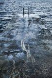 Skymningen bevattnar beskådar av det adriatic hav Royaltyfria Bilder