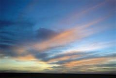 Skymninghimmel arkivfoto