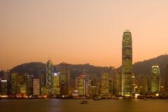skymningHong Kong horisont royaltyfri foto