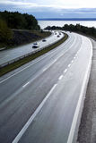 skymningmotorway Royaltyfri Bild