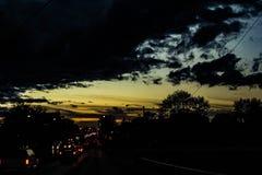 Skymningtrafik Royaltyfri Fotografi
