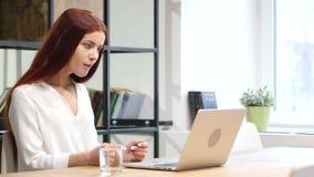 Skype, charla video en línea de la mujer en el La [top metrajes