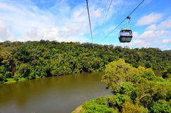 Skyrail RainforestCableway ovanför Barron Gorge National Park Que arkivfoton