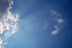 Skys en cielo azul Imágenes de archivo libres de regalías