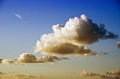 Skys nebulosos Imagens de Stock