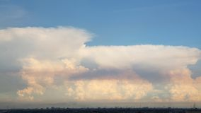Skyscape多云背景 免版税库存图片