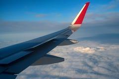 Skyscape осмотрело от самолета Стоковые Фото