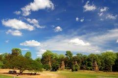 Skyscape de Prasat Suor Prats, Combodia Fotografía de archivo libre de regalías