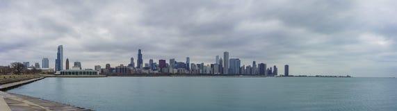 Skyscapers och skylin av Chicago och Lake Michigan från Milenniu Royaltyfri Fotografi