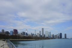 Skyscapers och skylin av Chicago och Lake Michigan från Milenniu Royaltyfri Foto