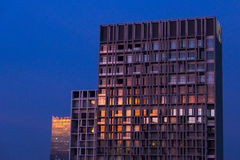 Skyscraper reflecting sunset light Royalty Free Stock Photography
