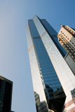 Skyscraper under blue sky Royalty Free Stock Photos