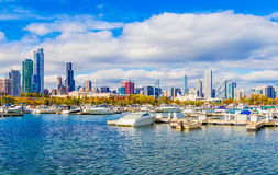 Skyscrapers of Chicago skyline,harbor, boats, and Lake Michigan, Royalty Free Stock Photos