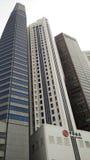 Skyscrappers contra el cielo en Singapur Imágenes de archivo libres de regalías