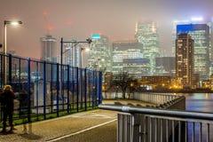 Skyscrappers na noite, Londres Fotos de Stock Royalty Free