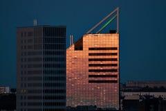 skyscrapperssolnedgång Royaltyfri Bild