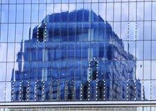 Skyskrapa abstrakta Glass byggande New York Ny Fotografering för Bildbyråer