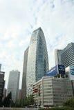Skyskrapa i den Tokyo staden Arkivfoton