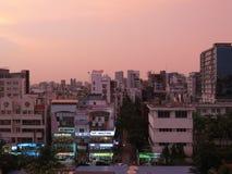 skyskrapa och andelslägenheter i Dhaka, Bangladesh royaltyfria bilder